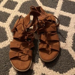 Old Navy Strappy Brown Sandals Sz. 8.5